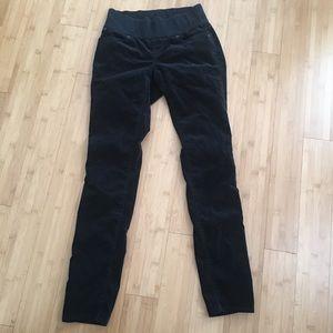 Gap skinny maternity pants